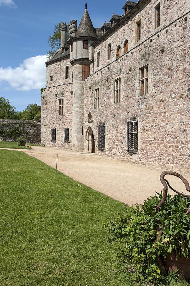 Entrée du Château de la Roche-Jagu