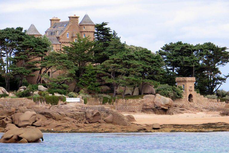 01 Le Chateau de Costaeres