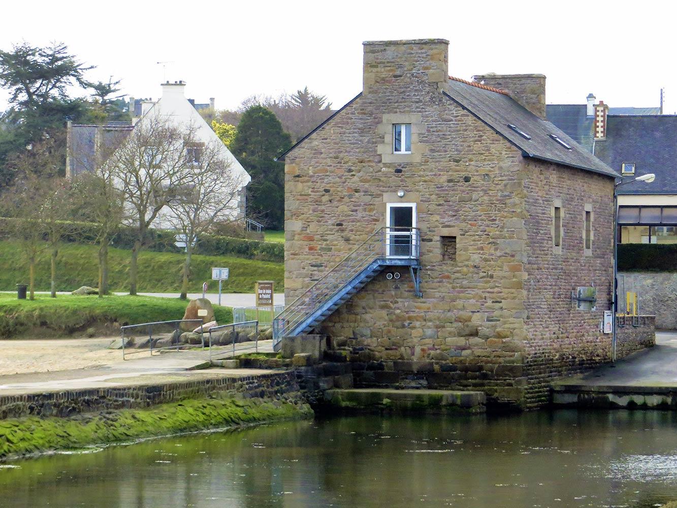 Paimpol - Le Moulin a maree de Poulafret